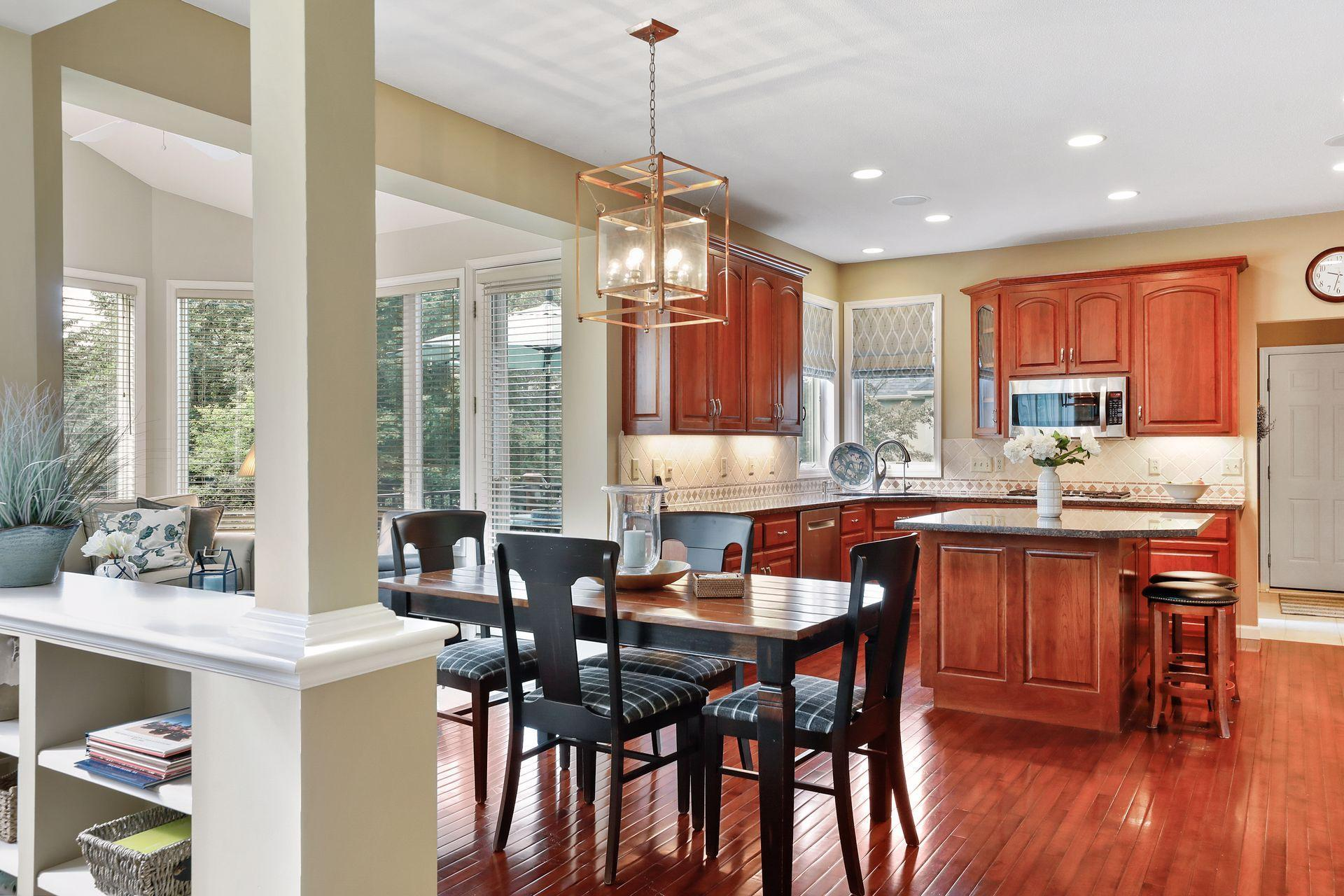 3749 Fairway Drive Property Photo - Woodbury, MN real estate listing