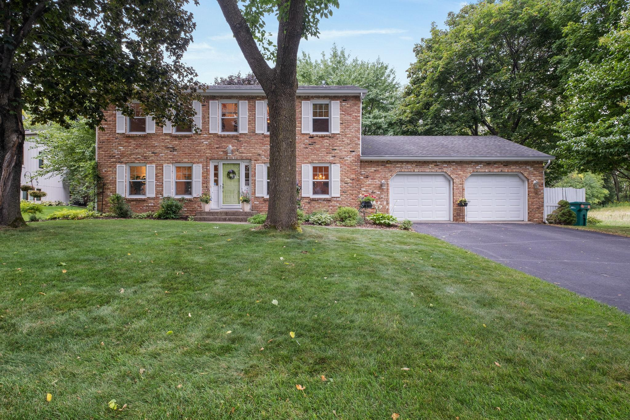 8262 Rhode Island Avenue S Property Photo - Bloomington, MN real estate listing