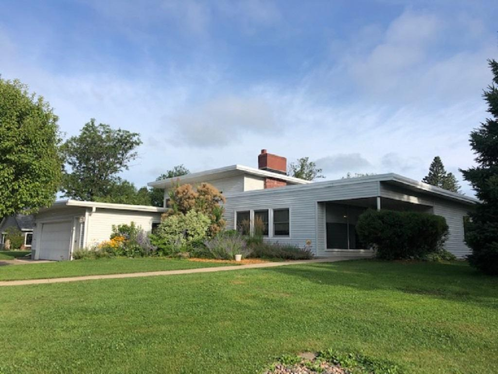 319 Hilltop Drive Property Photo - Rice Lake, WI real estate listing