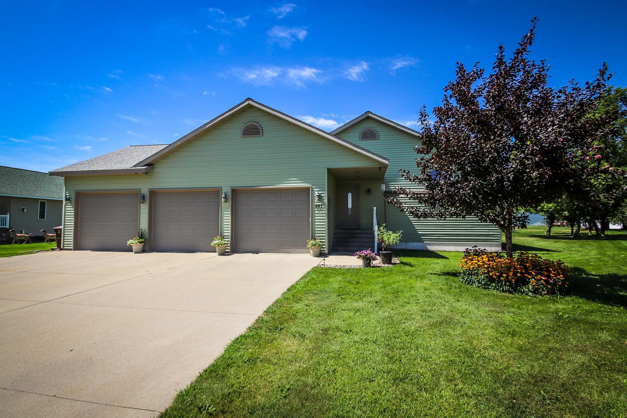 56356 Real Estate Listings Main Image