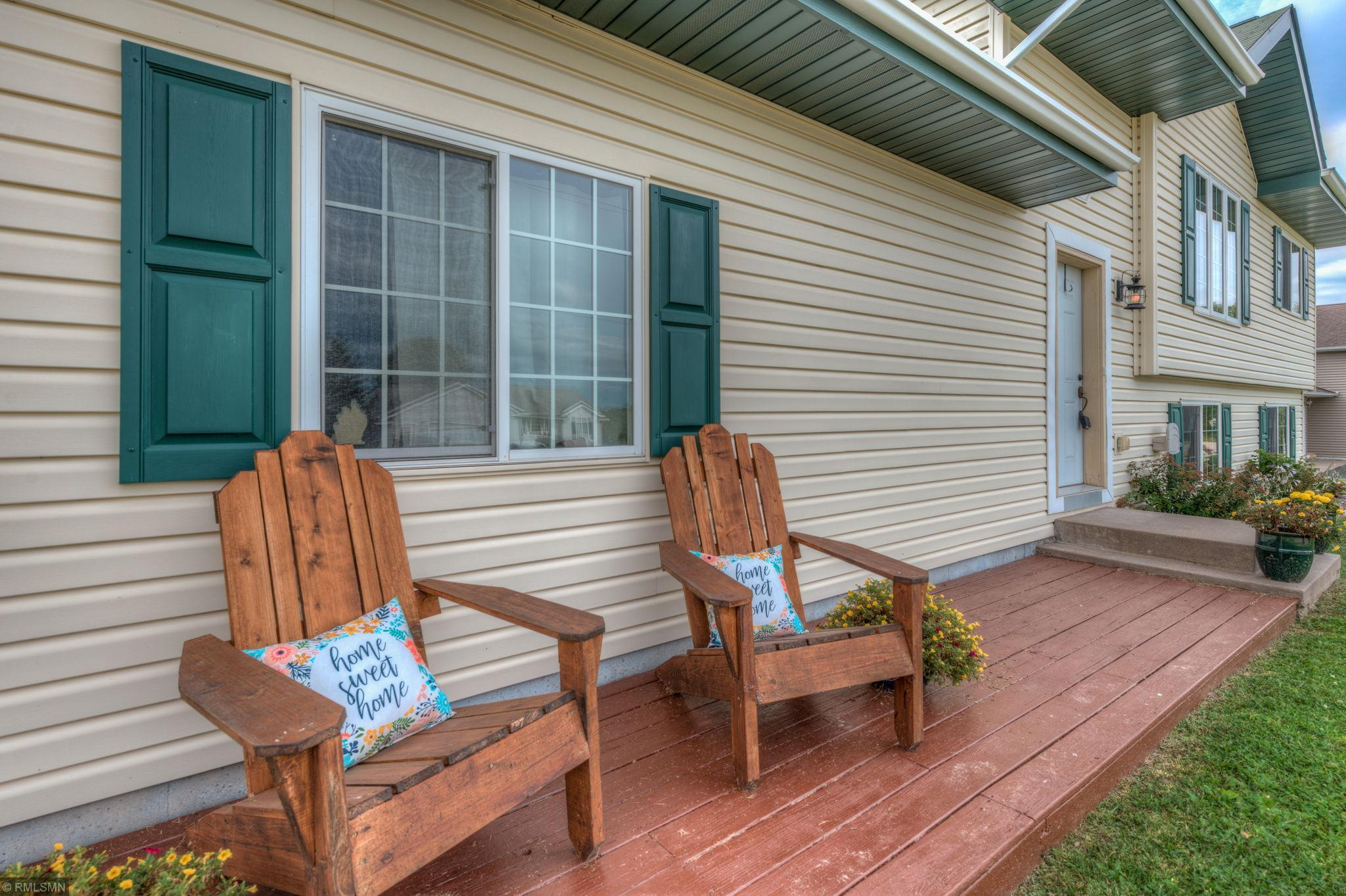 102 Meadow Lane Property Photo - Woodville, WI real estate listing