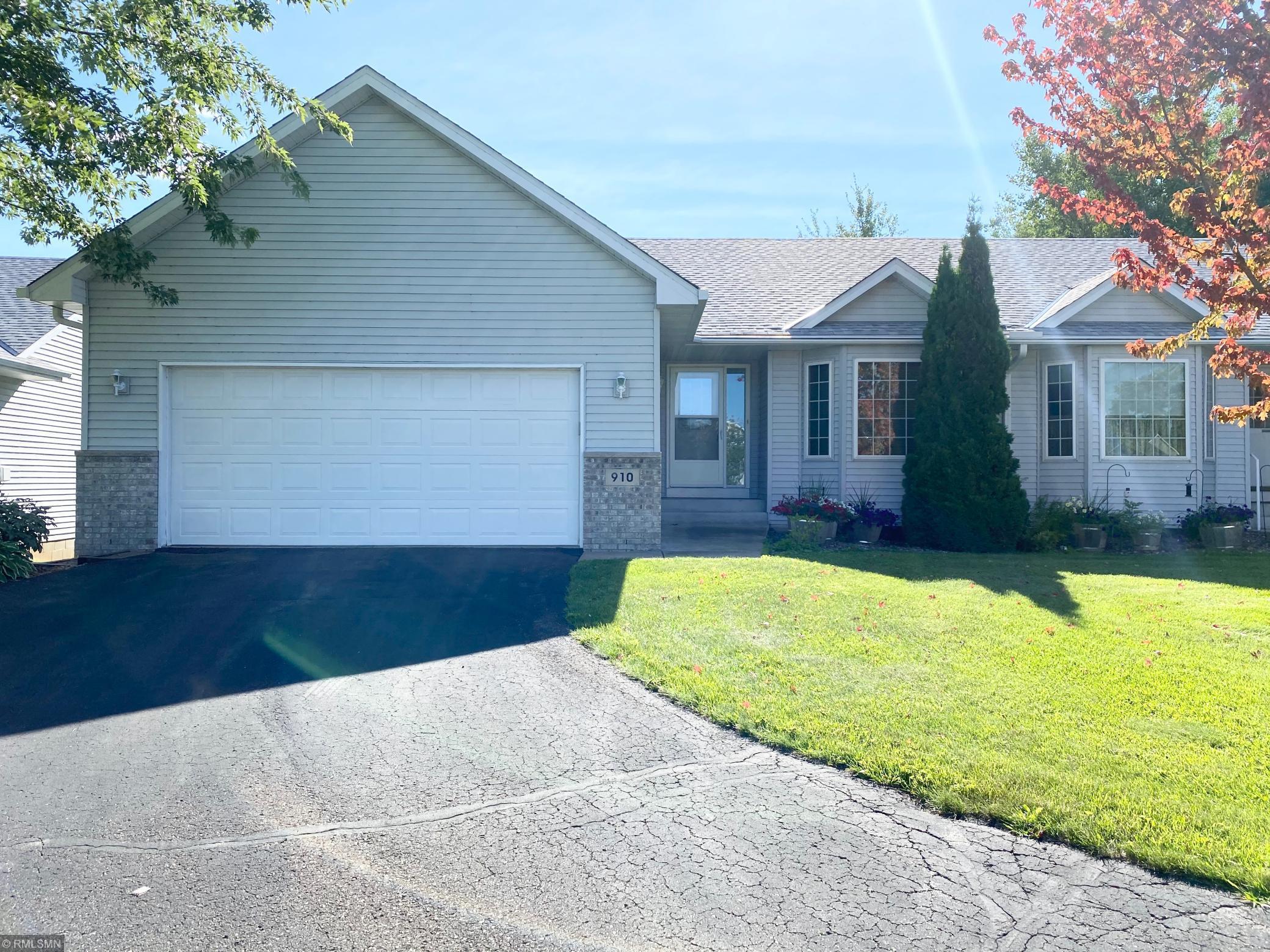 910 Shady Ridge Lane Property Photo - Braham, MN real estate listing