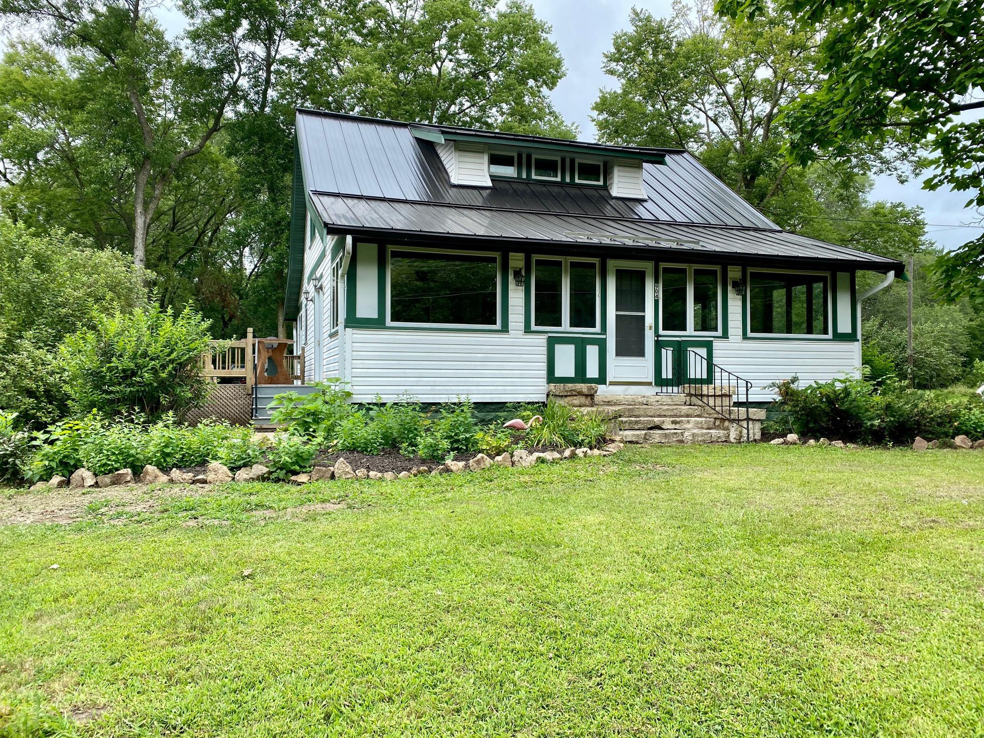 904 Ferry Street Property Photo - Eau Claire, WI real estate listing