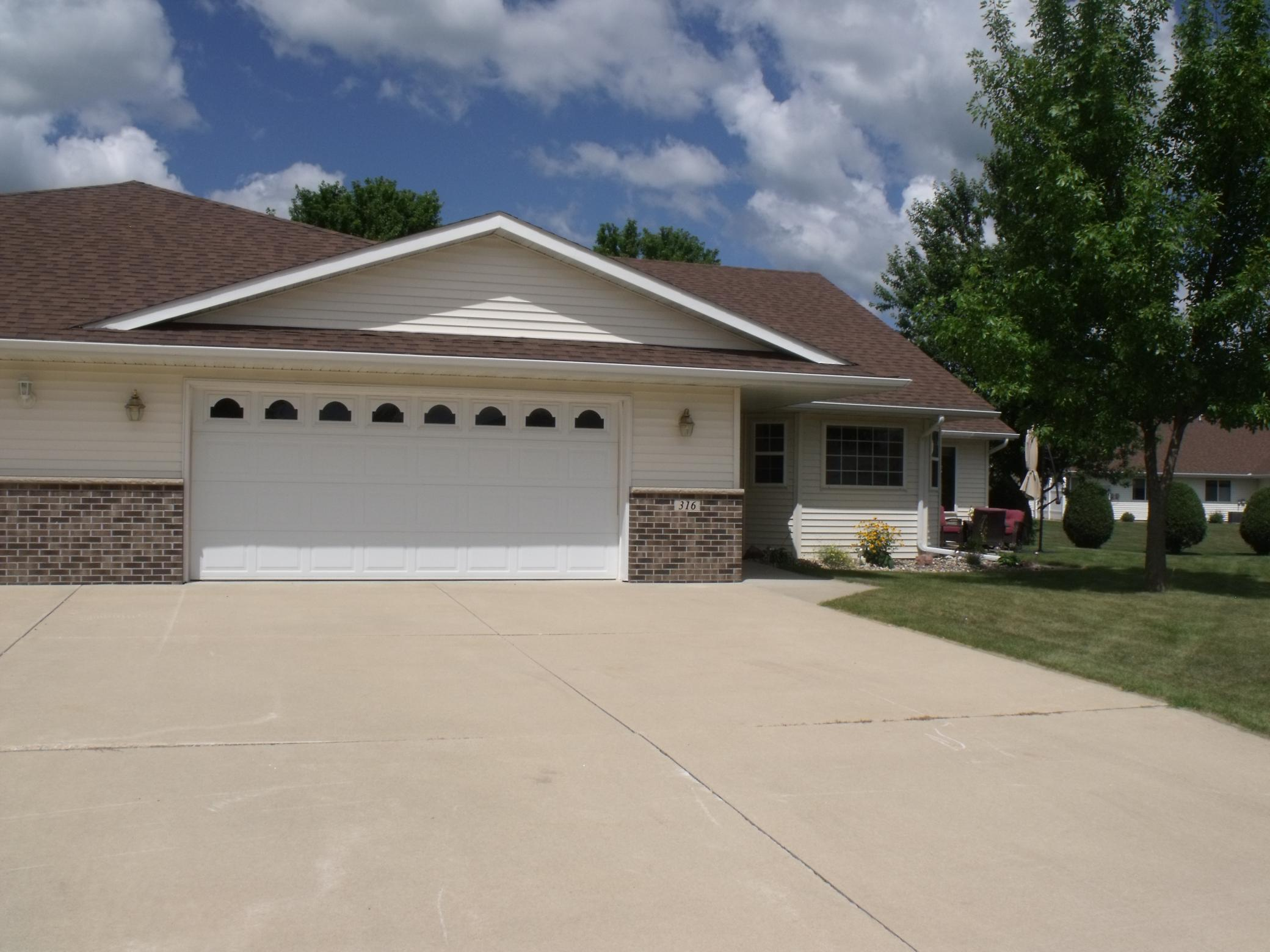 316 5th Circle SW Property Photo - Blooming Prairie, MN real estate listing
