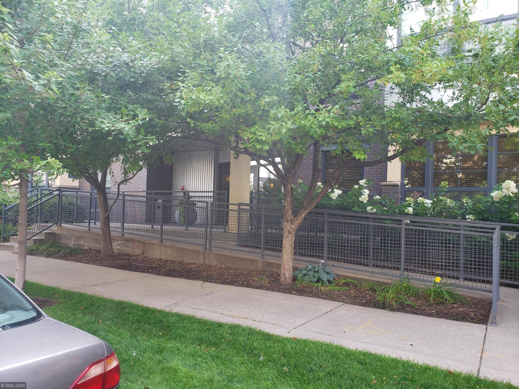 825 Berry Street #203 Property Photo - Saint Paul, MN real estate listing