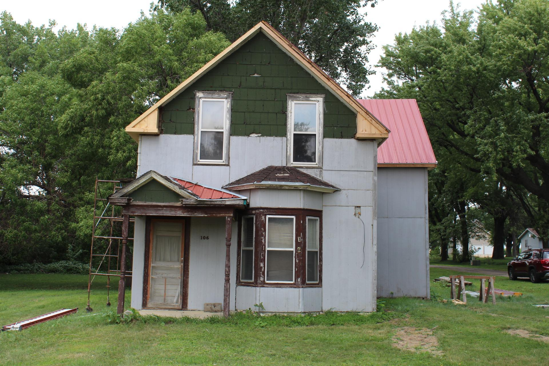 106 W 1st Street Property Photo - Hardwick, MN real estate listing