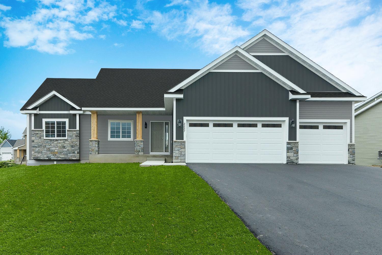 550 Alaska Loop Property Photo - Cambridge, MN real estate listing