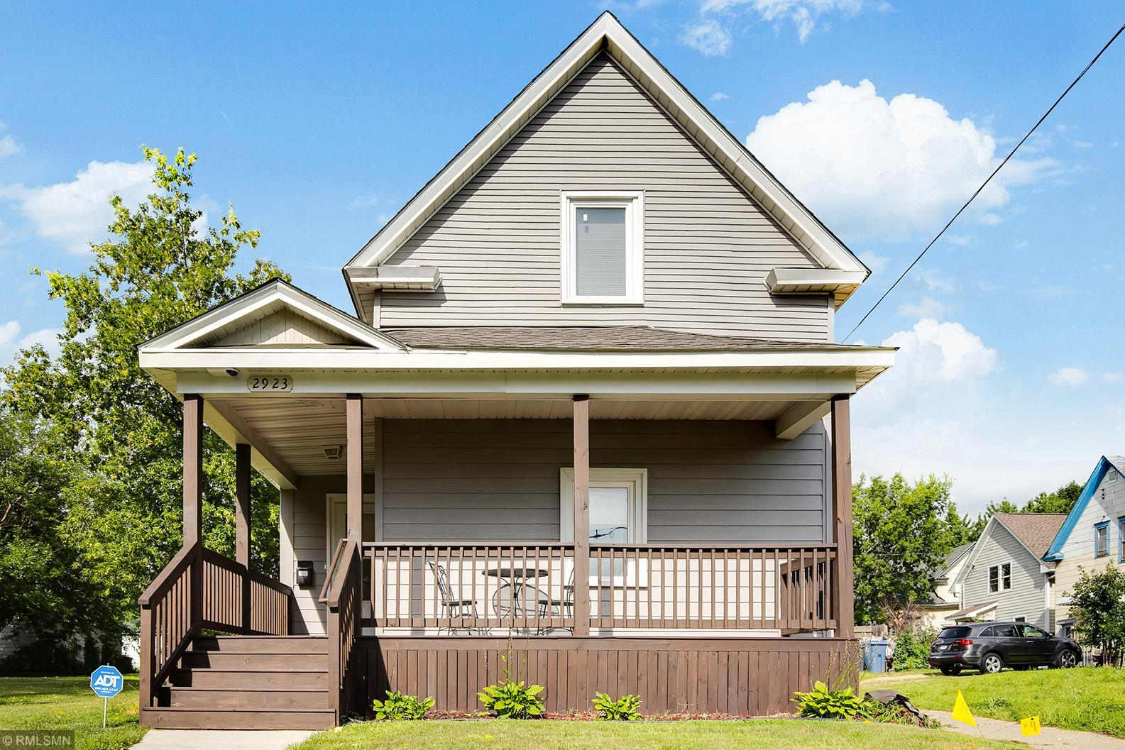 2923 N 3rd Street Property Photo