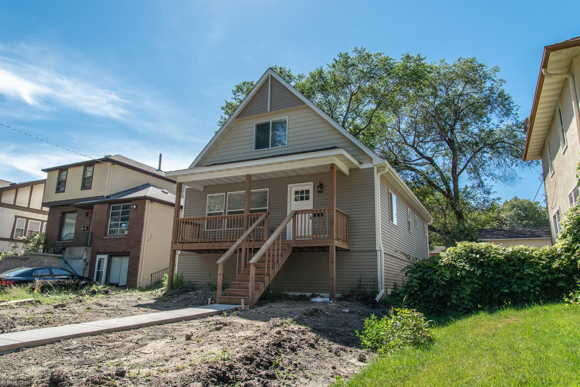 2615 Thomas Avenue N Property Photo - Minneapolis, MN real estate listing