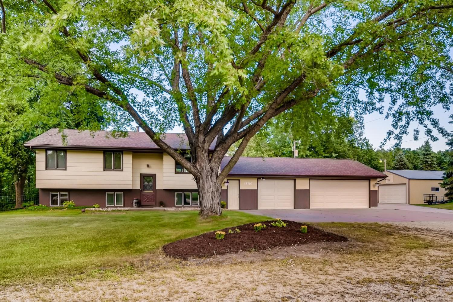 19707 Manning Trail N Property Photo - Scandia, MN real estate listing