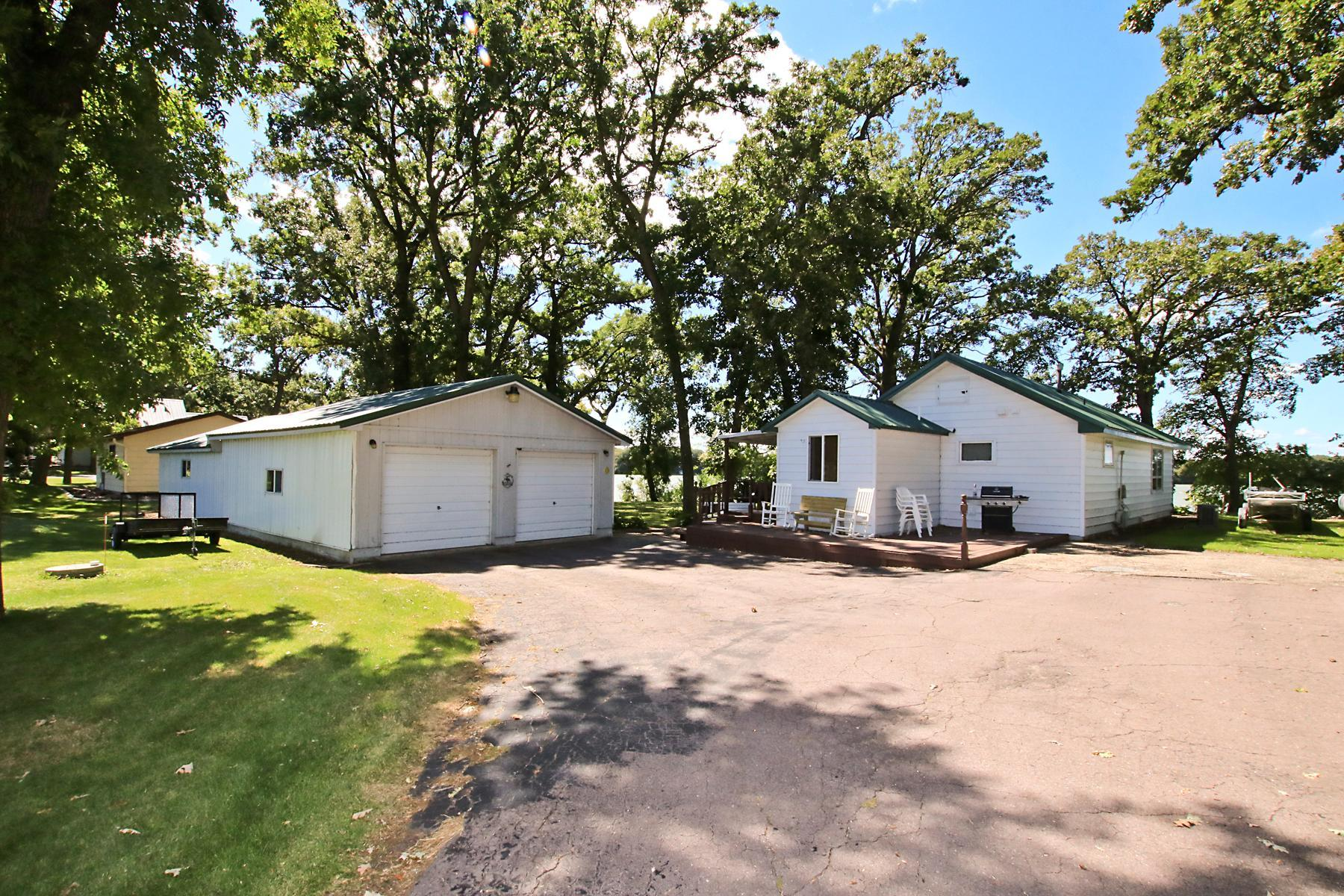 10987 State Hwy 15 Property Photo - Brownton, MN real estate listing
