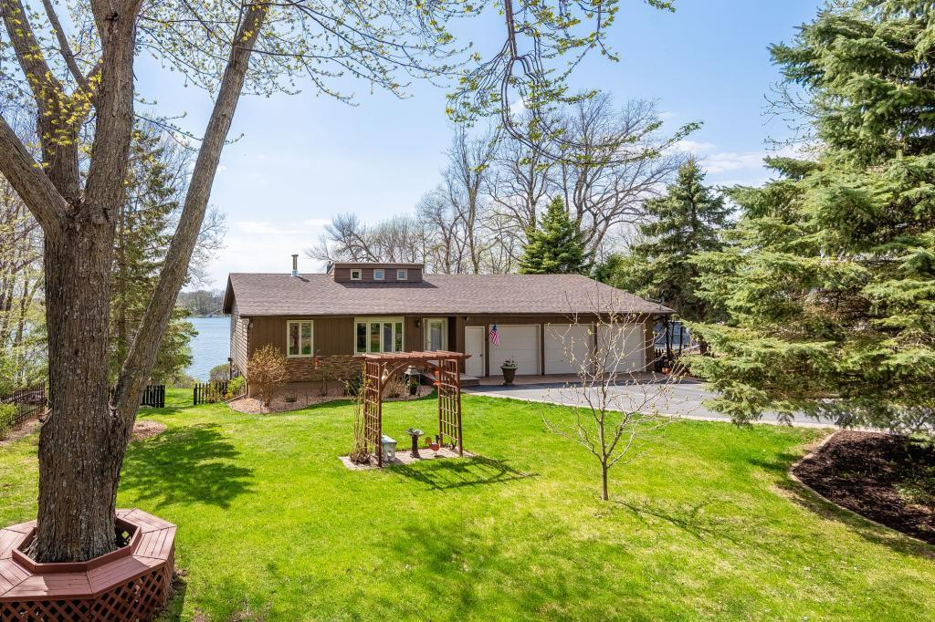 3826 Sioux Lane Property Photo - Madison Lake, MN real estate listing