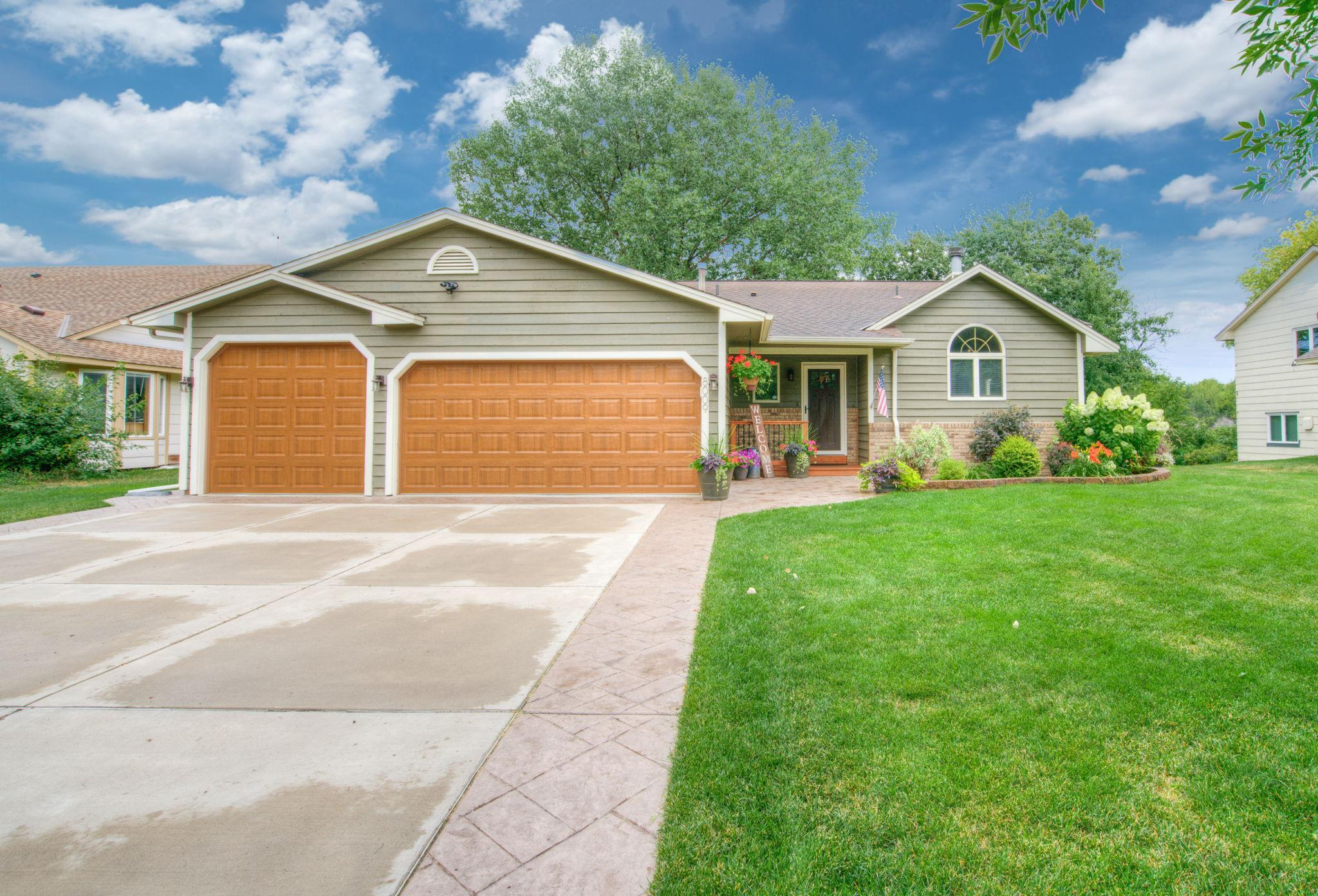 8009 Garfield Street NE Property Photo - Spring Lake Park, MN real estate listing