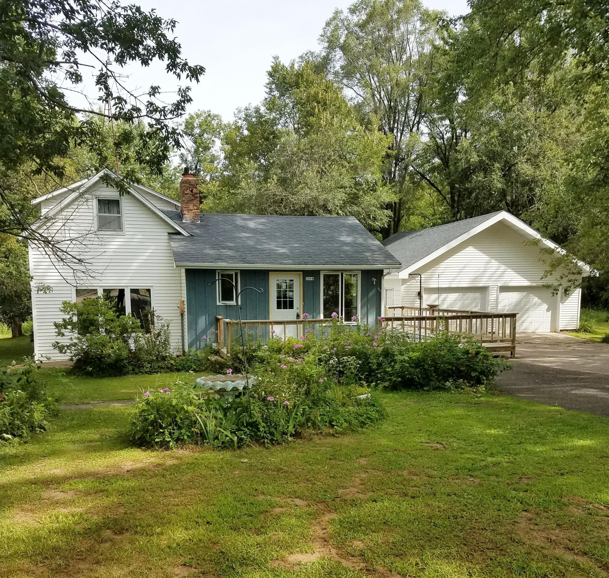 105 West Railroad Avenue Property Photo - Wheeler, WI real estate listing