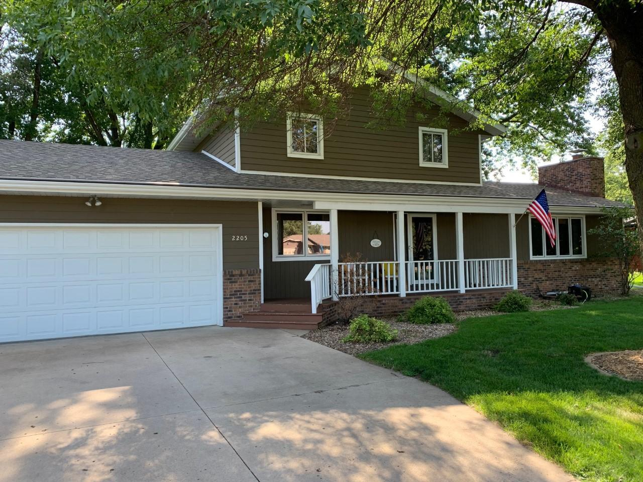 2205 River Road Property Photo - Windom, MN real estate listing
