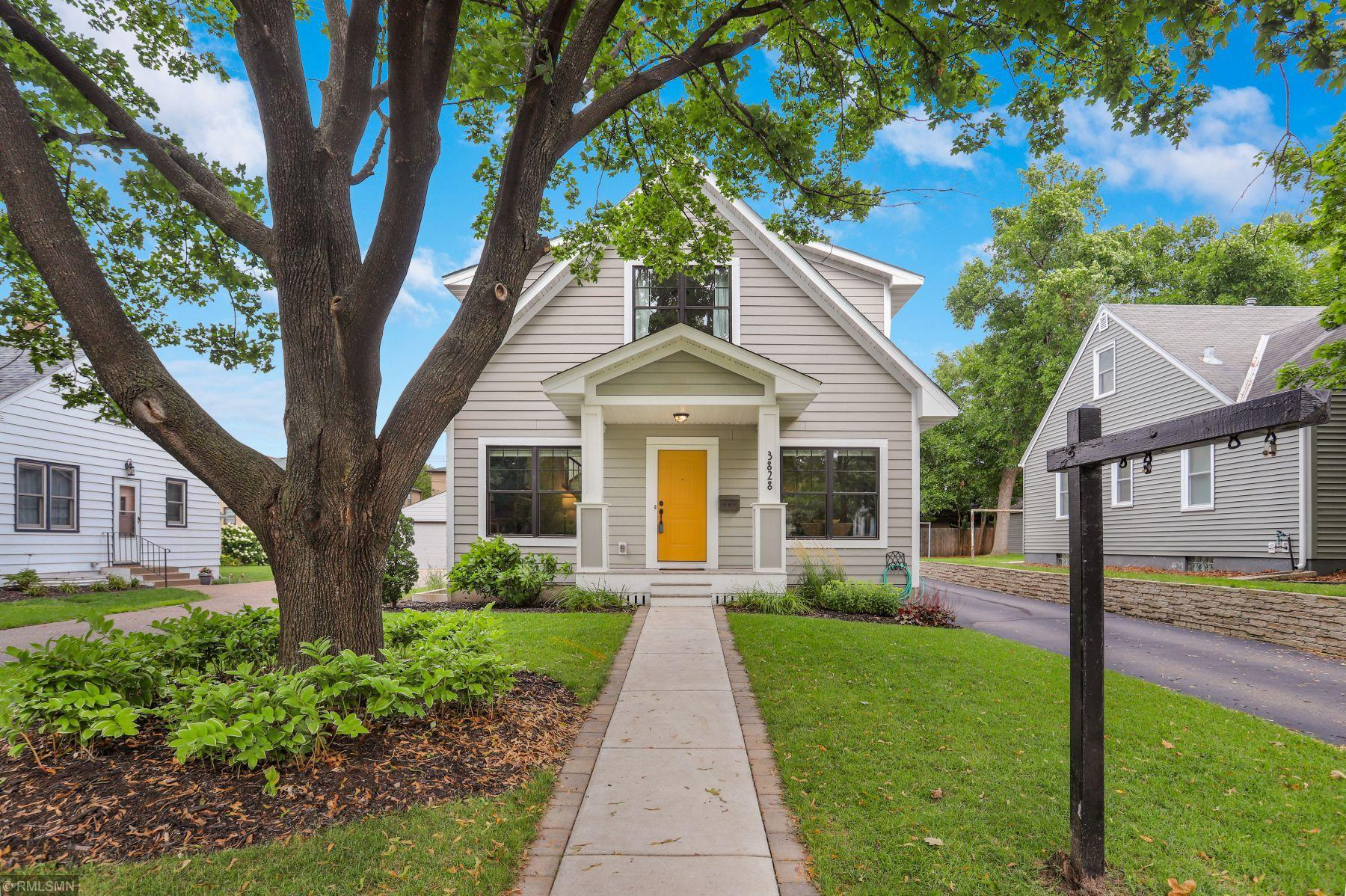 3828 Hubbard Avenue N Property Photo - Robbinsdale, MN real estate listing