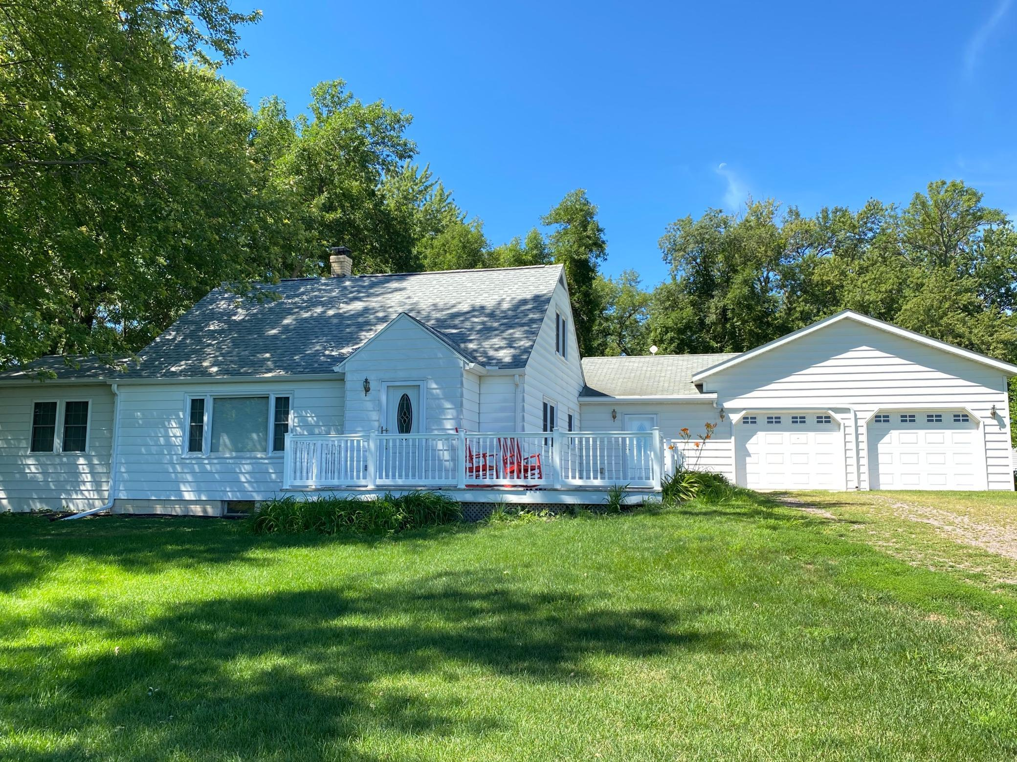 19568 499th Avenue Property Photo - Lake Crystal, MN real estate listing