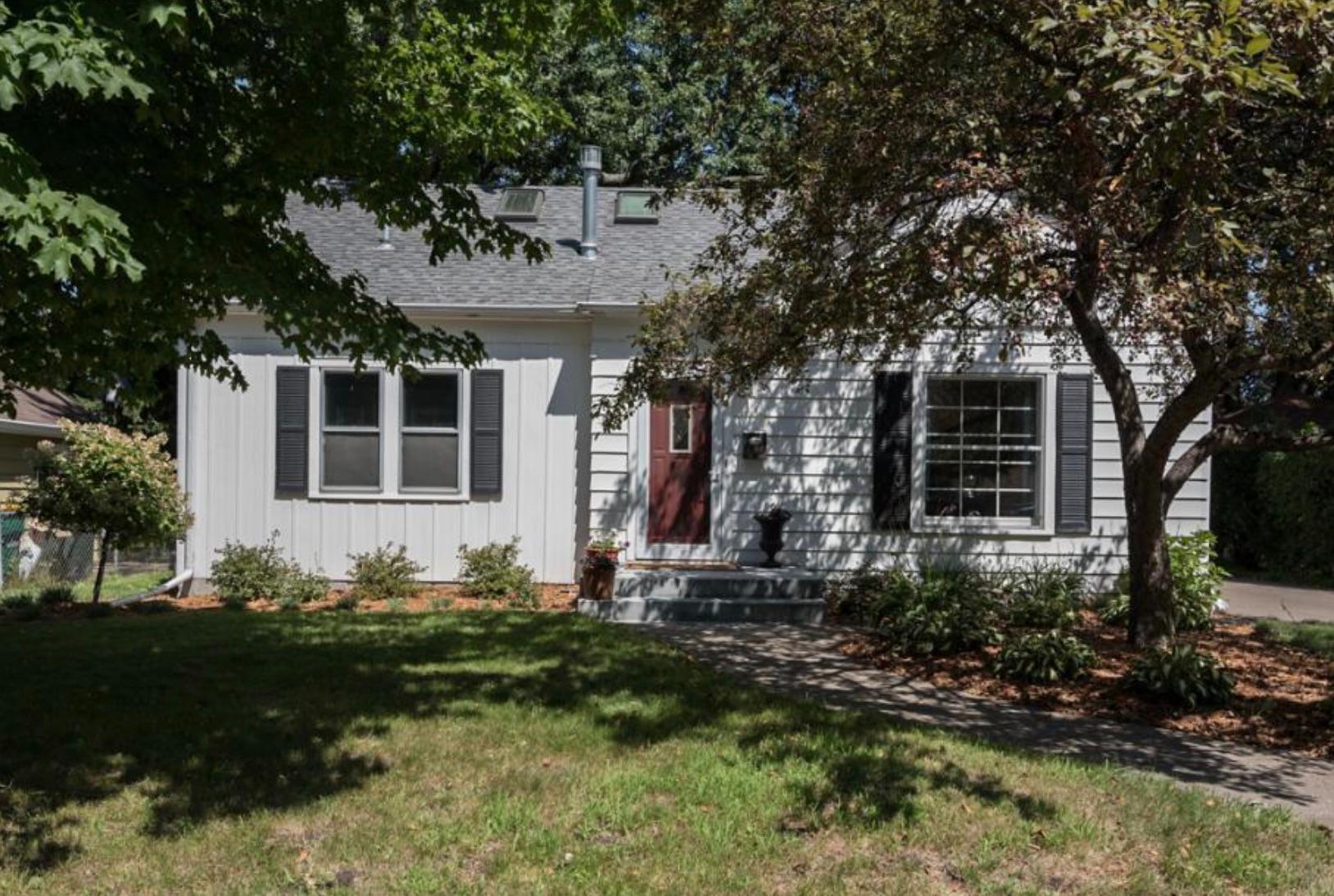5200 Fairview Avenue N Property Photo