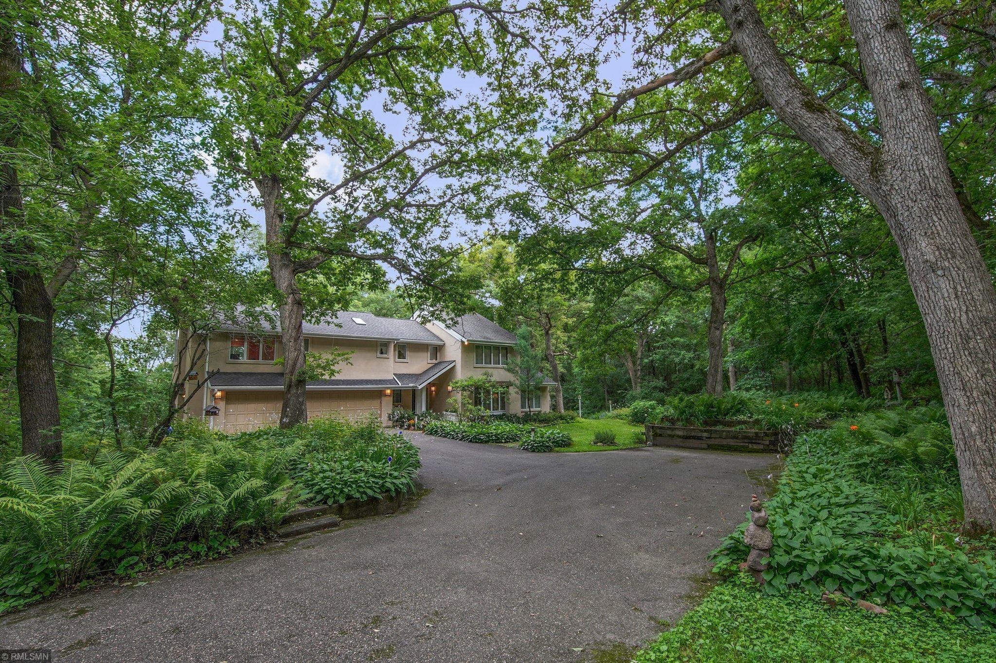 12525 Danbury Way Property Photo - Rosemount, MN real estate listing