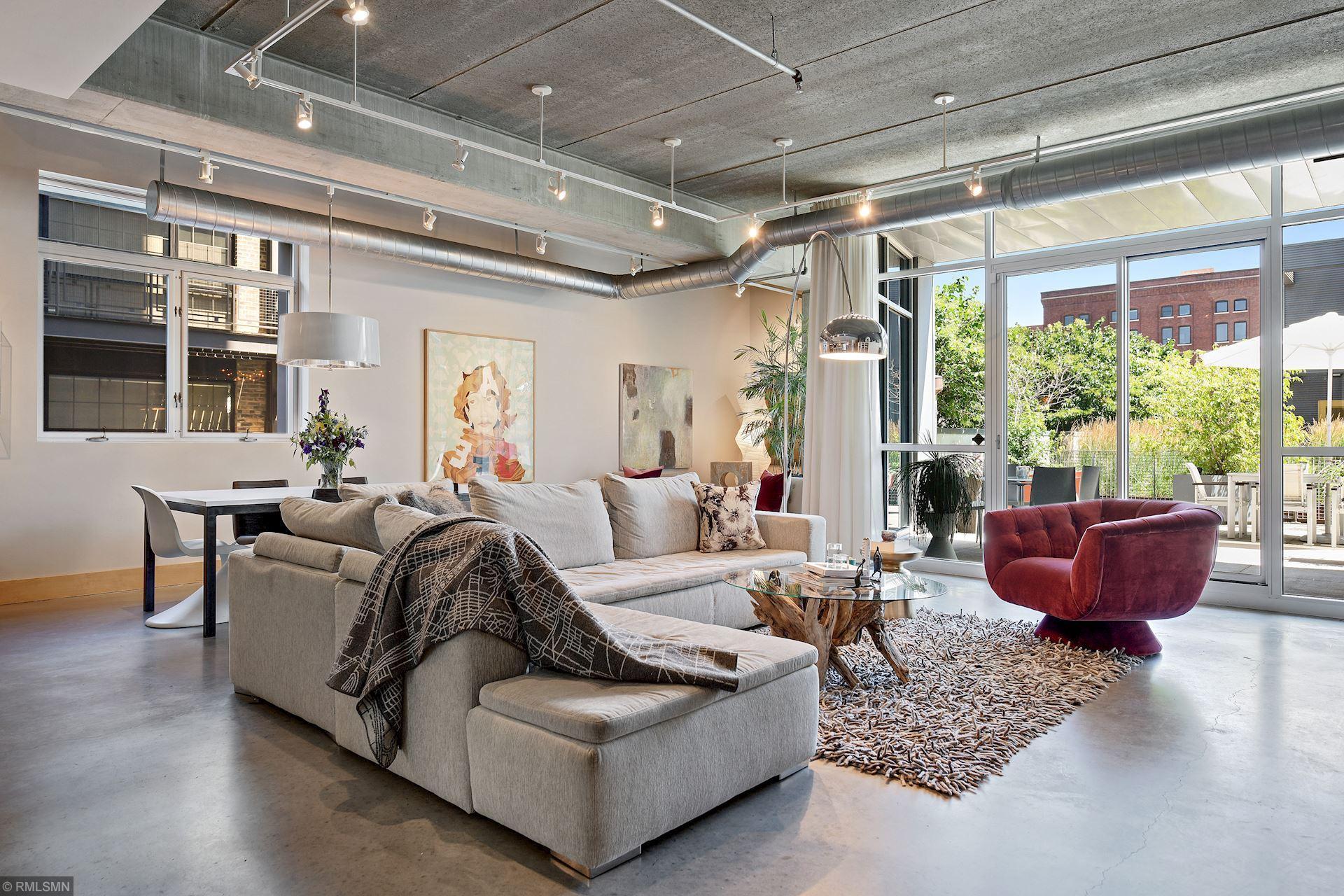 345 6th Avenue N #102 Property Photo - Minneapolis, MN real estate listing