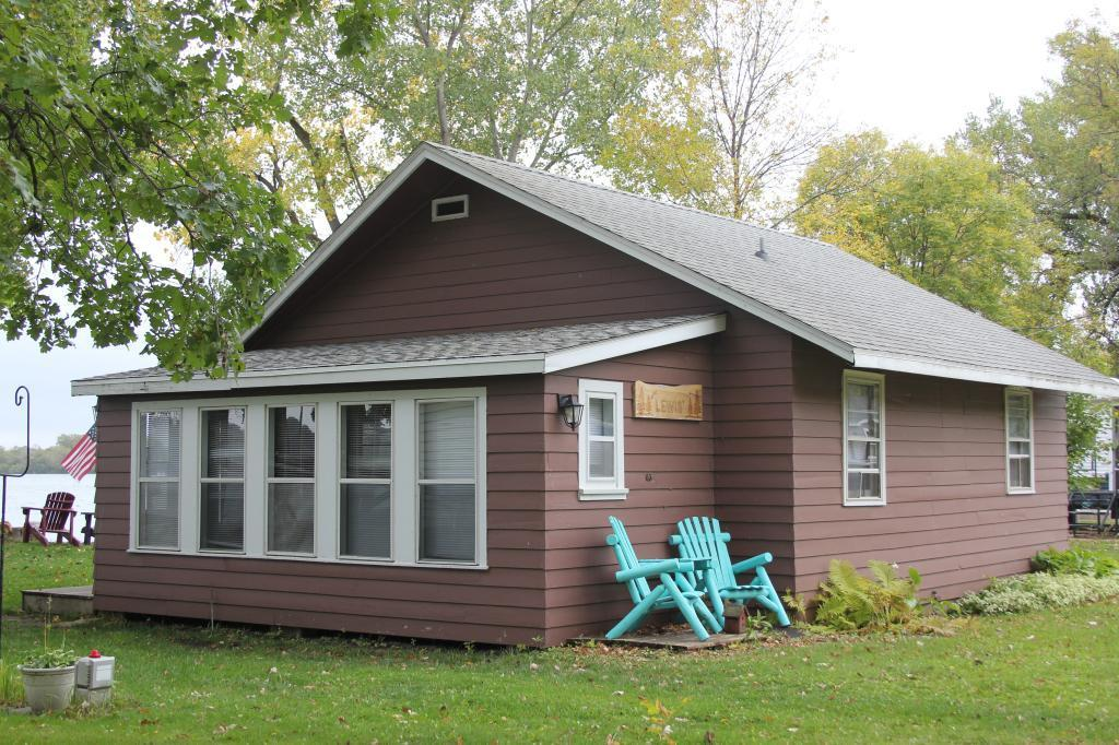 33865 Shady Oak Drive Property Photo - Clinton, MN real estate listing
