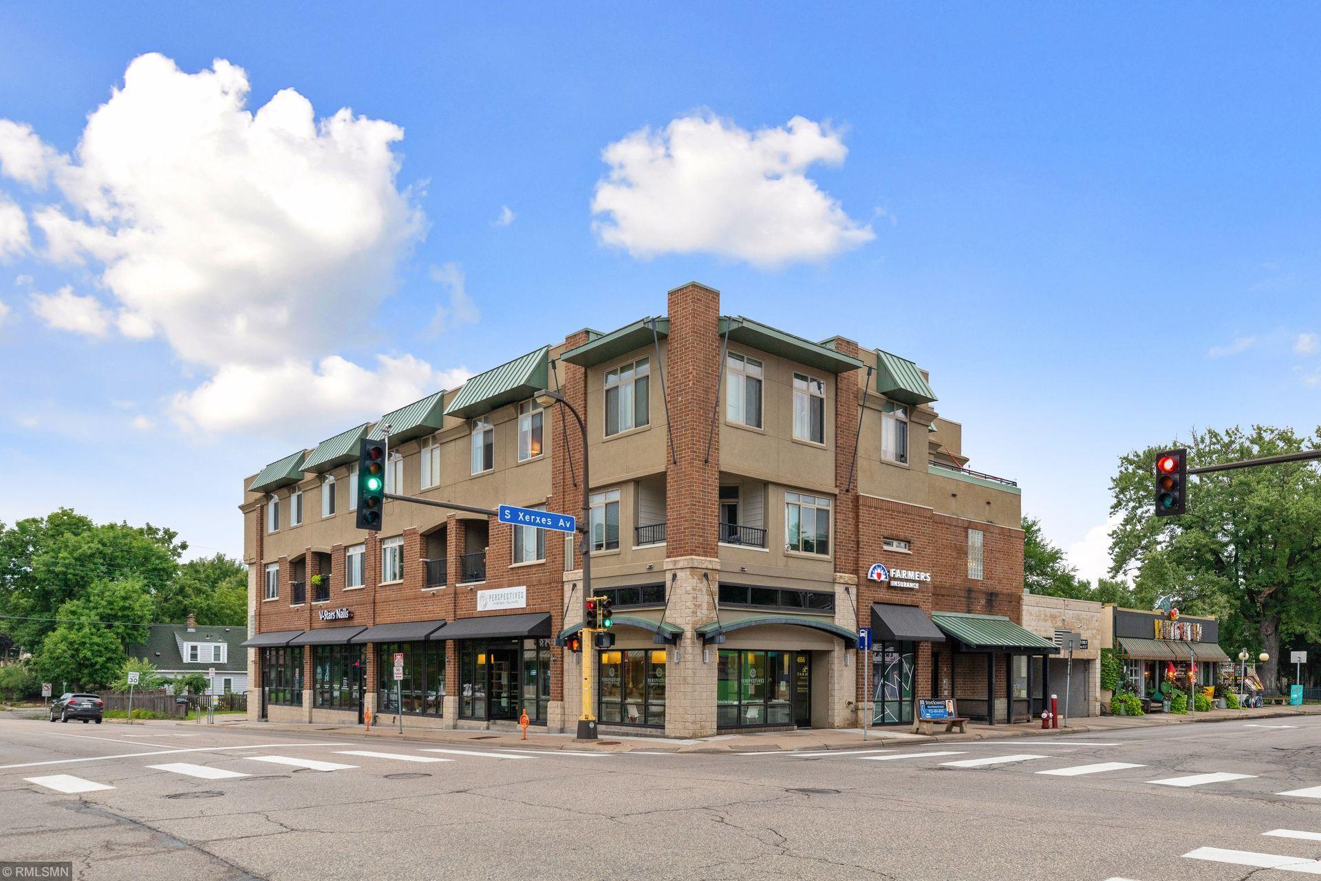 3106 W 50th Street #104 Property Photo
