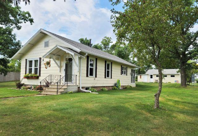 Am Brooks 1st Add Real Estate Listings Main Image