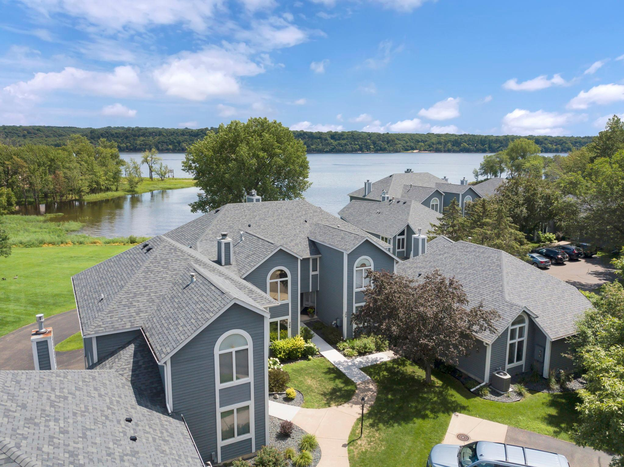 208 Mariner Way Property Photo - Bayport, MN real estate listing