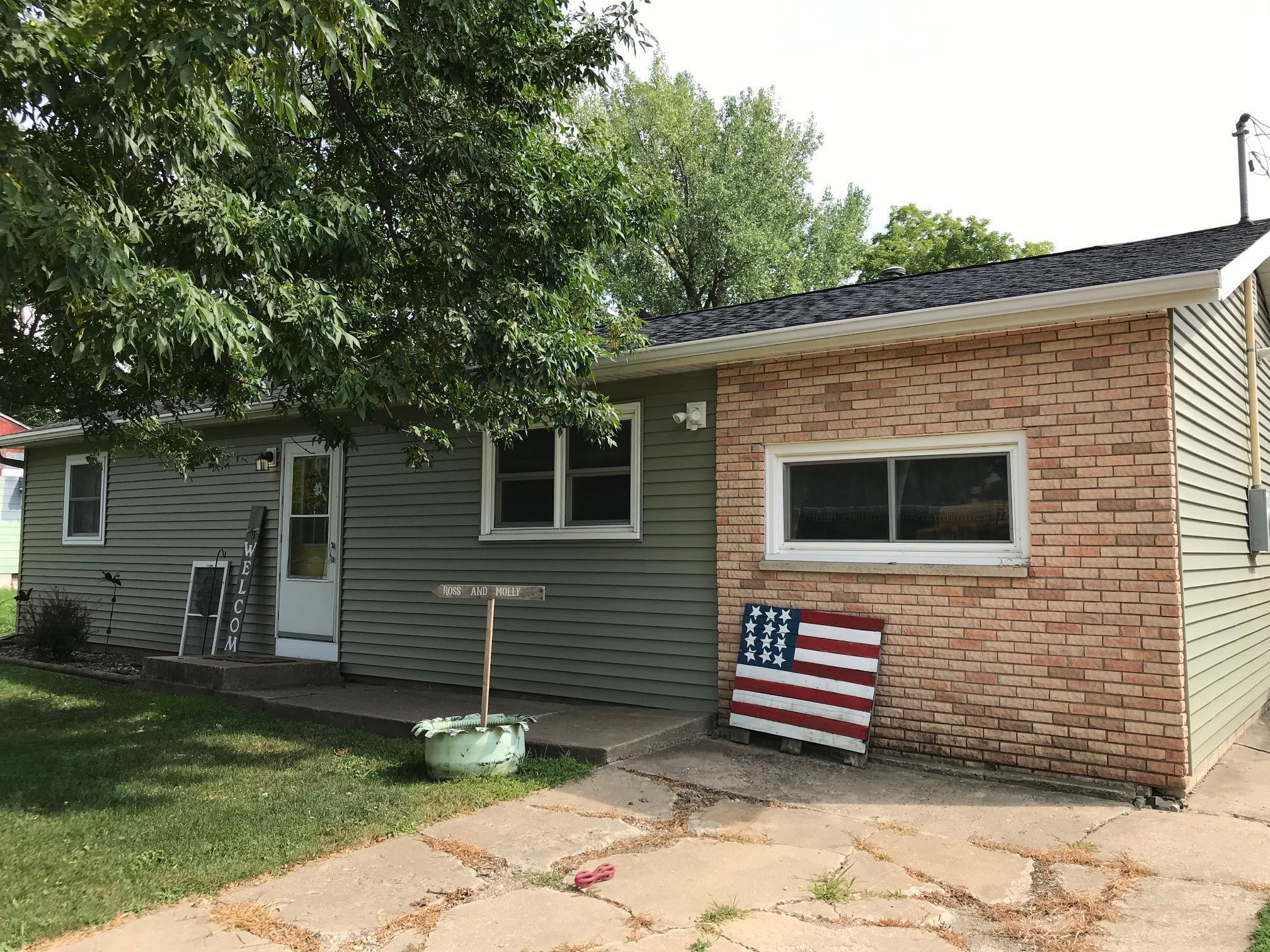207 2nd Street NE Property Photo - Dodge Center, MN real estate listing