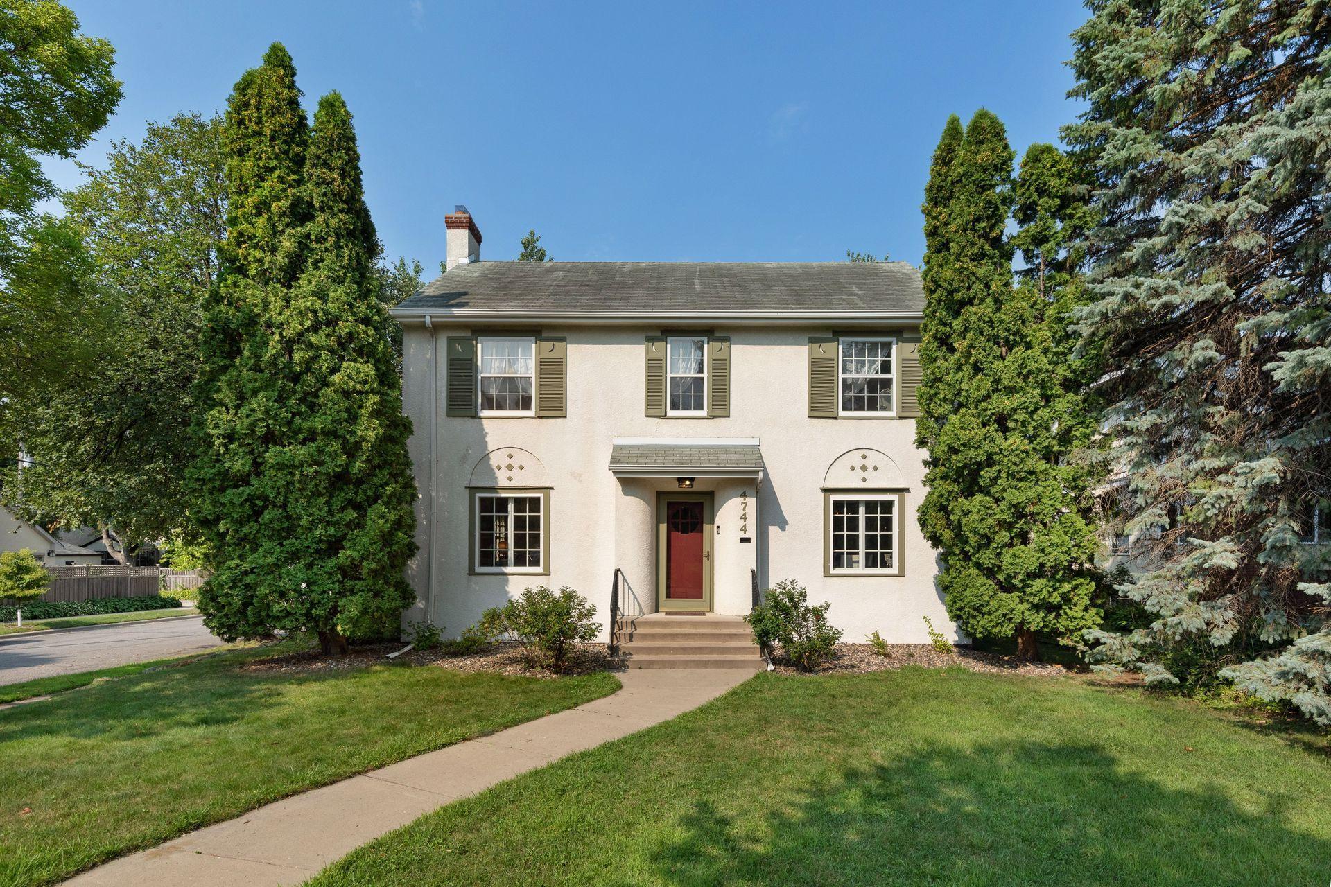 4744 10th Avenue S Property Photo - Minneapolis, MN real estate listing