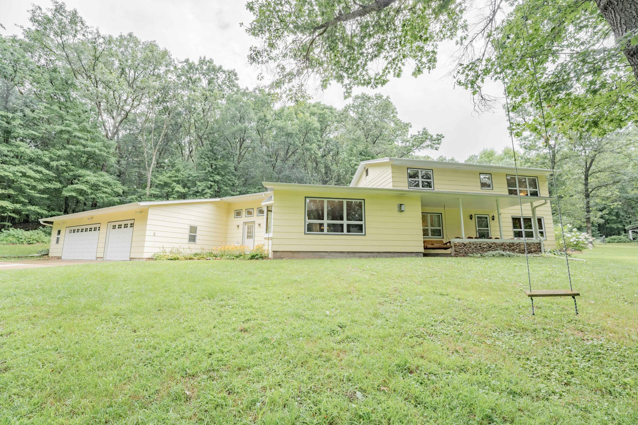 W1565 Pine Road Property Photo - Pleasant Valley Twp, WI real estate listing