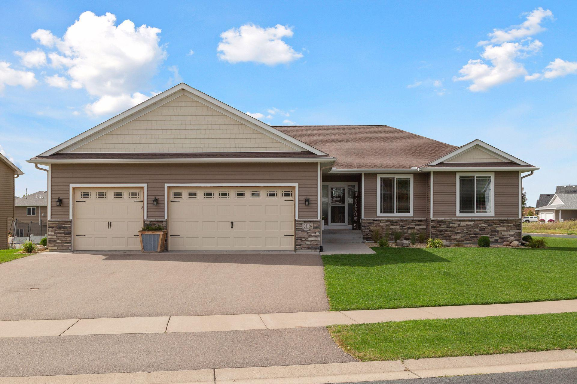 31186 Algonquin Trail Property Photo - Chisago City, MN real estate listing