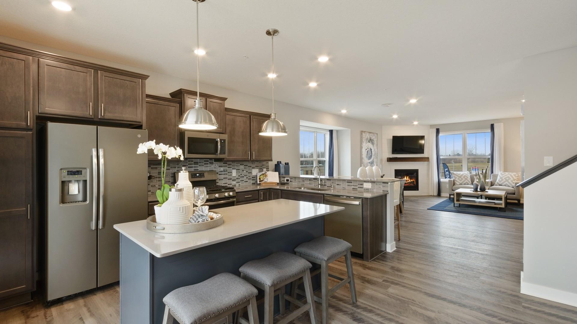 6963 E Locke Point Drive NE Property Photo - Fridley, MN real estate listing