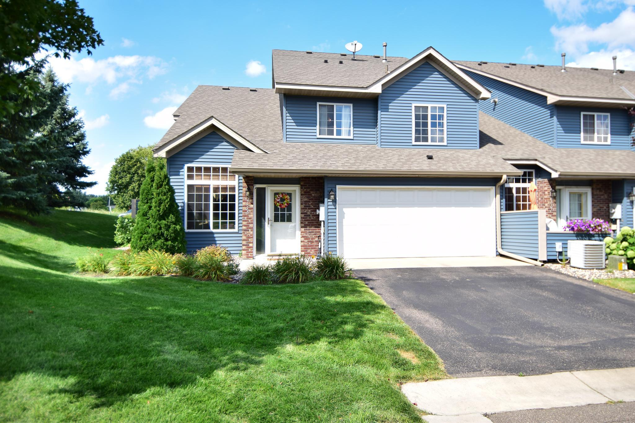 2118 Willow Circle Property Photo - Centerville, MN real estate listing