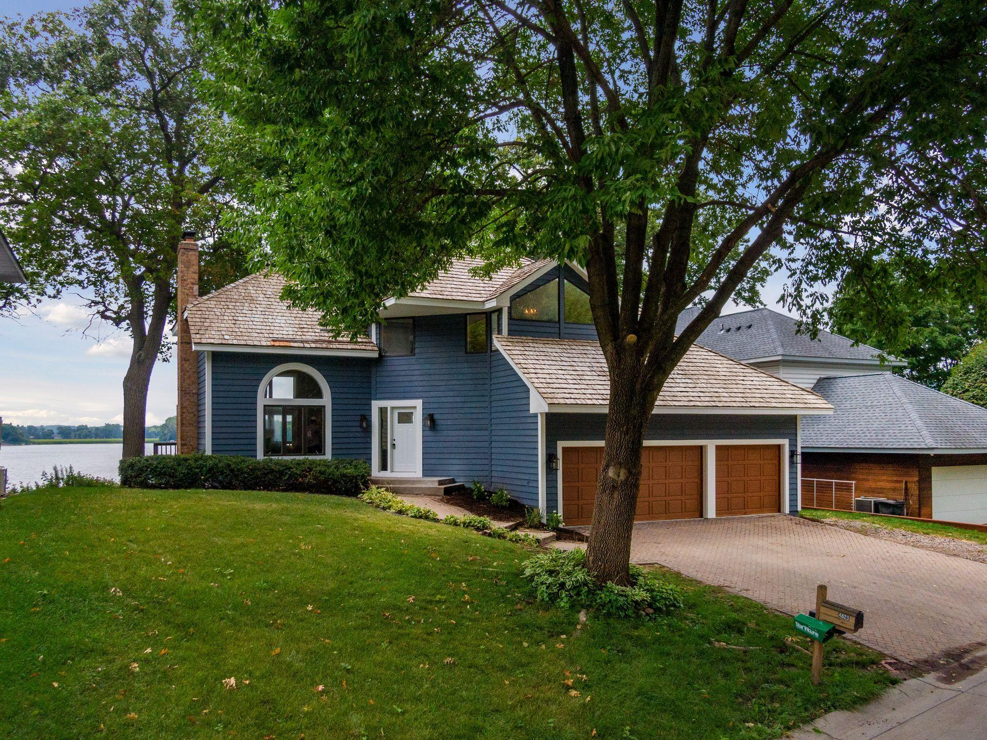 4823 Island View Drive Property Photo