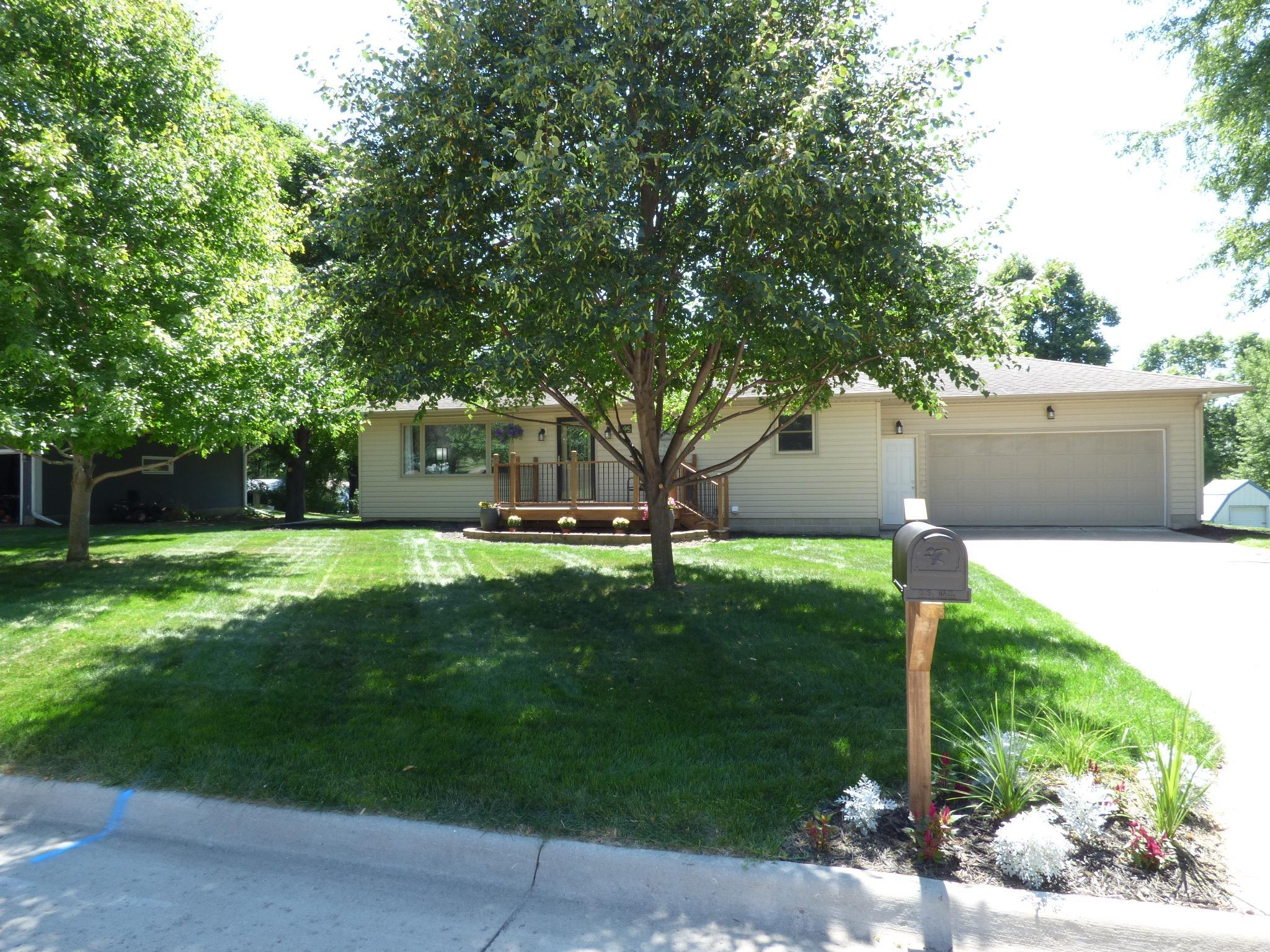 845 20th Street Property Photo - Windom, MN real estate listing