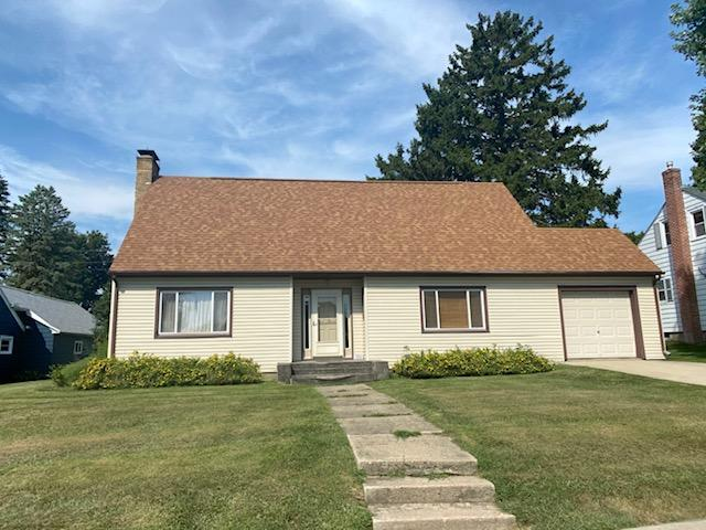 122 3rd Avenue SE Property Photo - Spring Grove, MN real estate listing