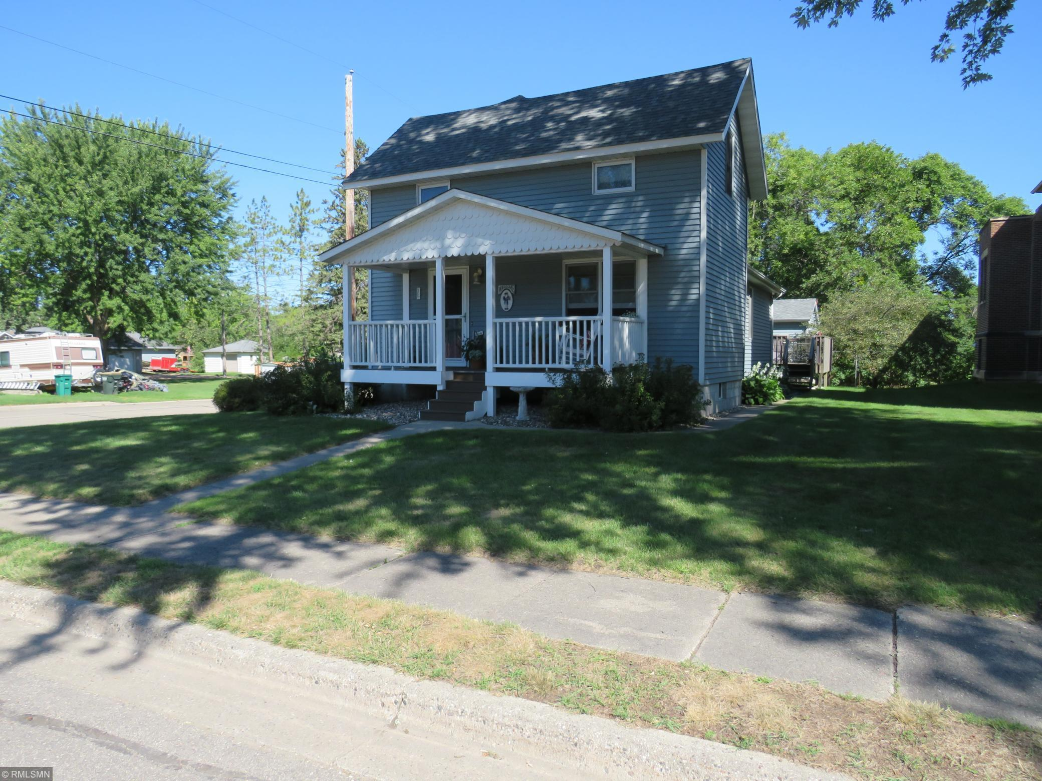 300 1st Street NE Property Photo - Plato, MN real estate listing