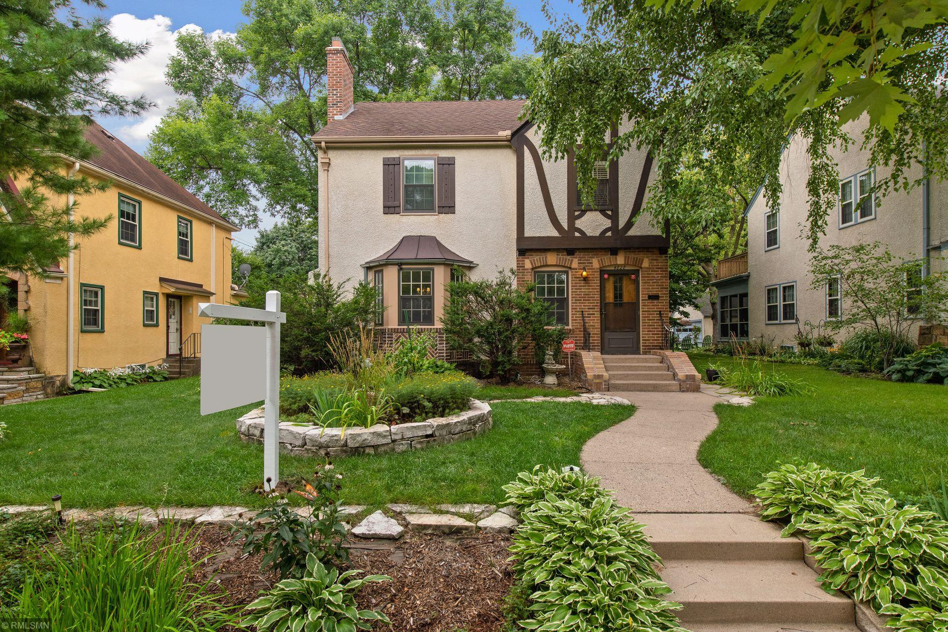 4828 11th Avenue S Property Photo - Minneapolis, MN real estate listing