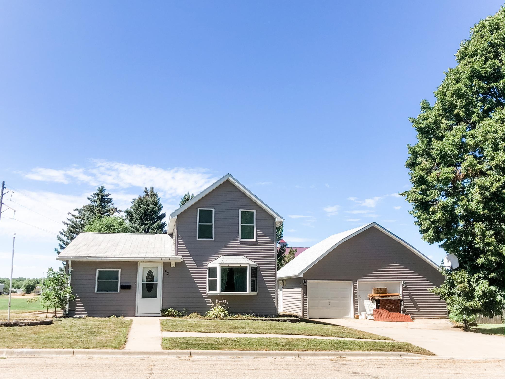 21 Oklahoma Avenue Property Photo - Adrian, MN real estate listing