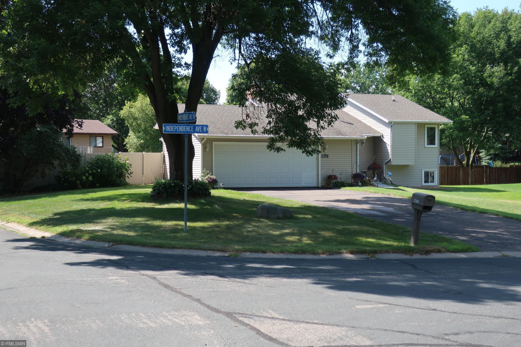 4416 Independence Avenue N Property Photo - New Hope, MN real estate listing