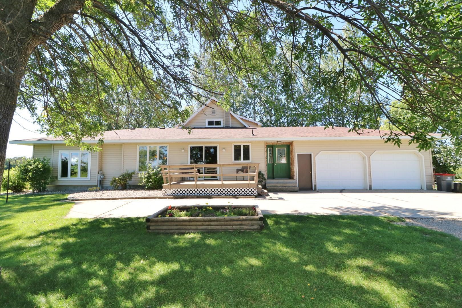 46125 County Highway 38 Property Photo