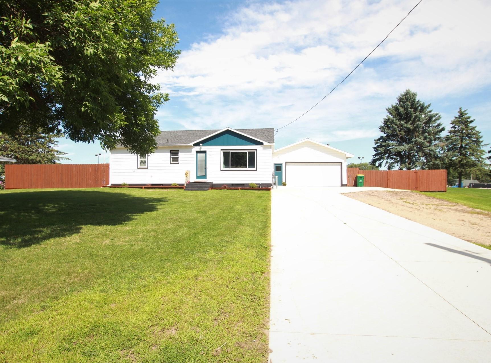 121 Spruce Avenue E Property Photo - Kimball, MN real estate listing