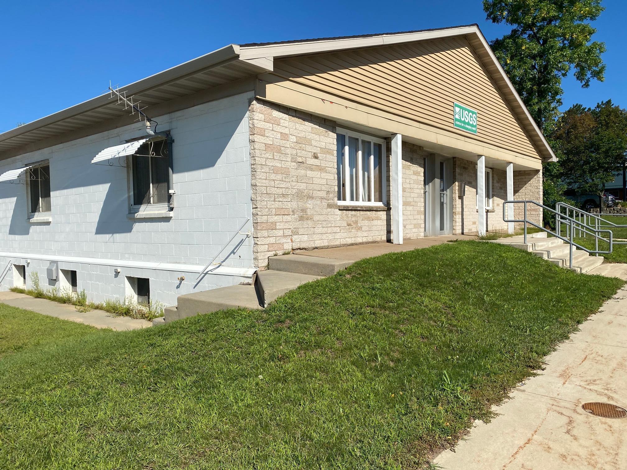 415 Pokegama Avenue S Property Photo