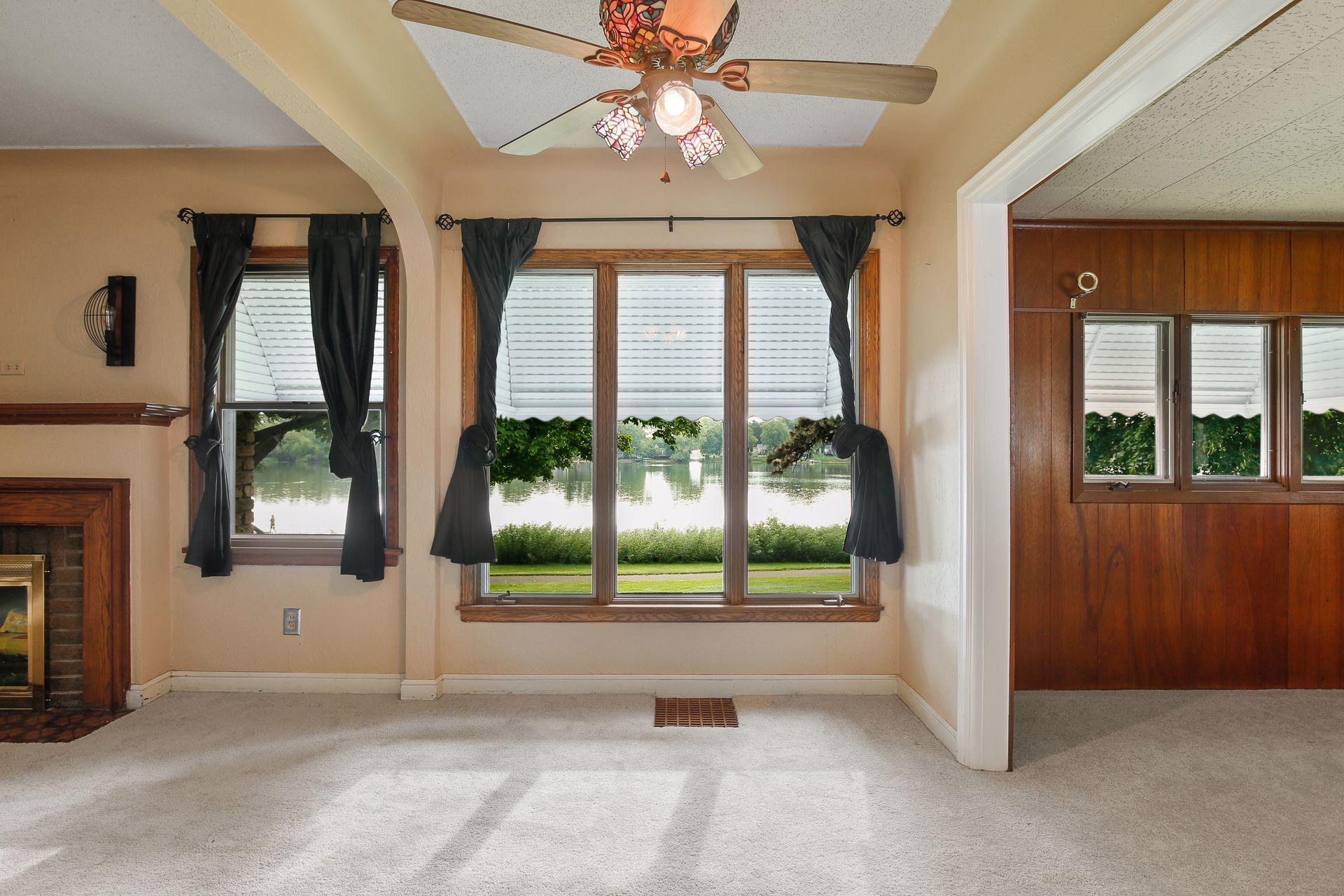 4916 Quail Avenue N Property Photo