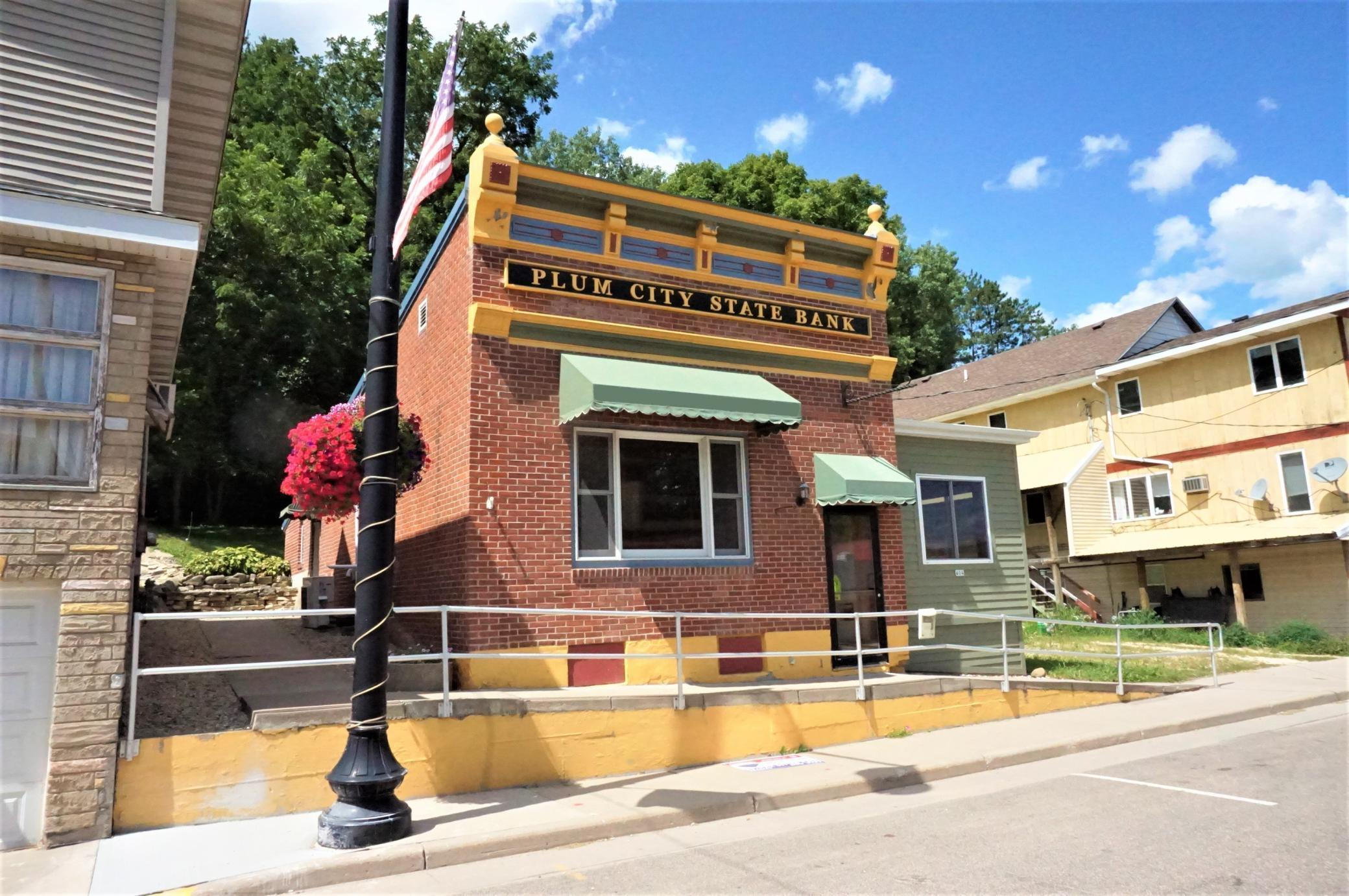 404 Main Street Property Photo - Plum City, WI real estate listing