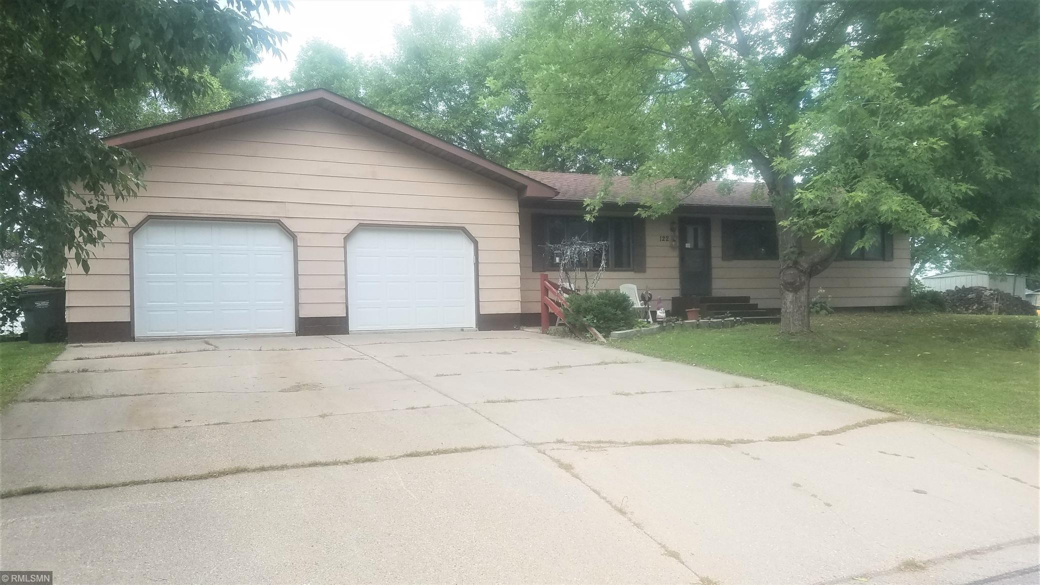 122 4th Street N Property Photo - Brownton, MN real estate listing