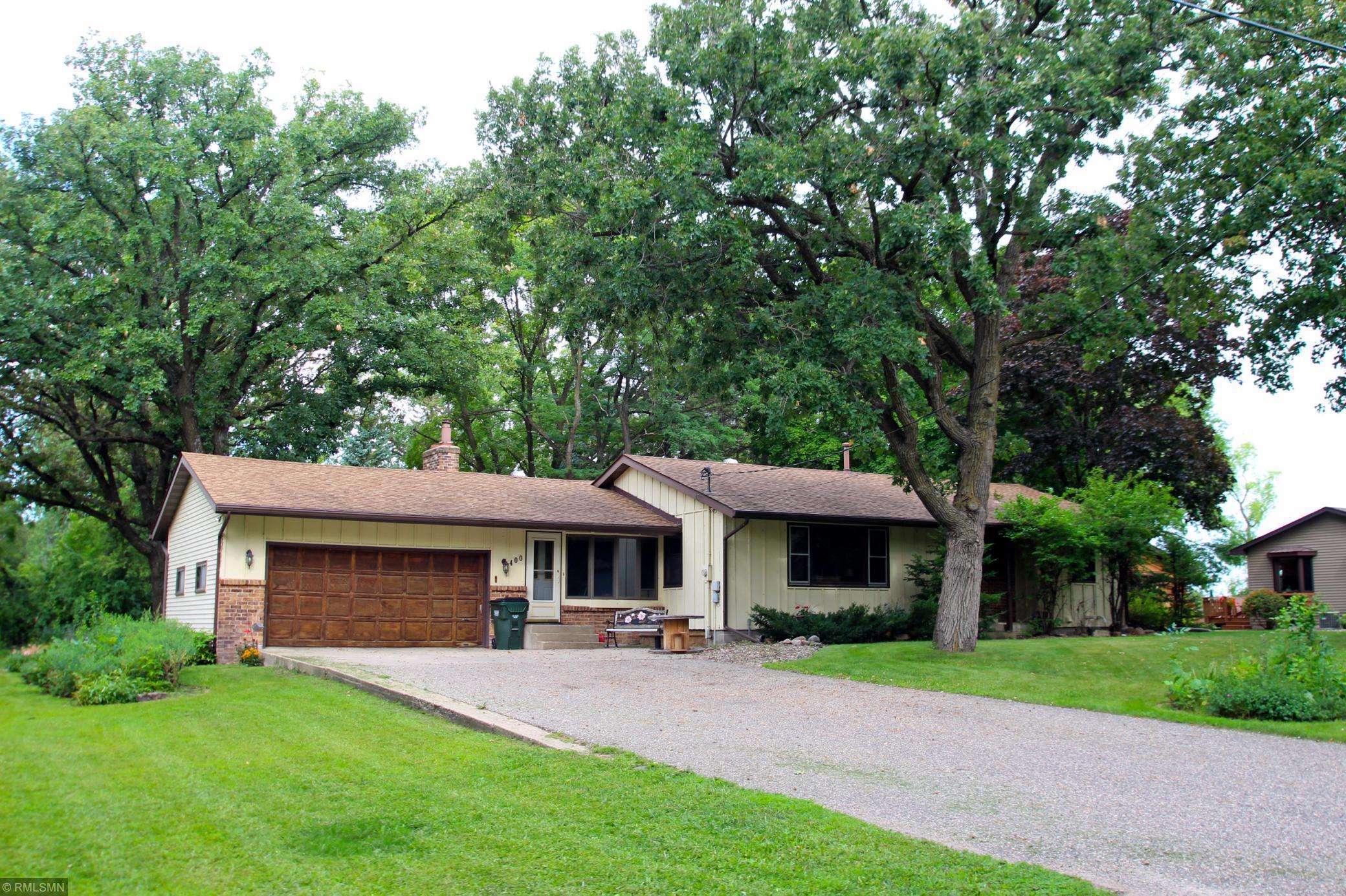 400 Pleasant Avenue N Property Photo