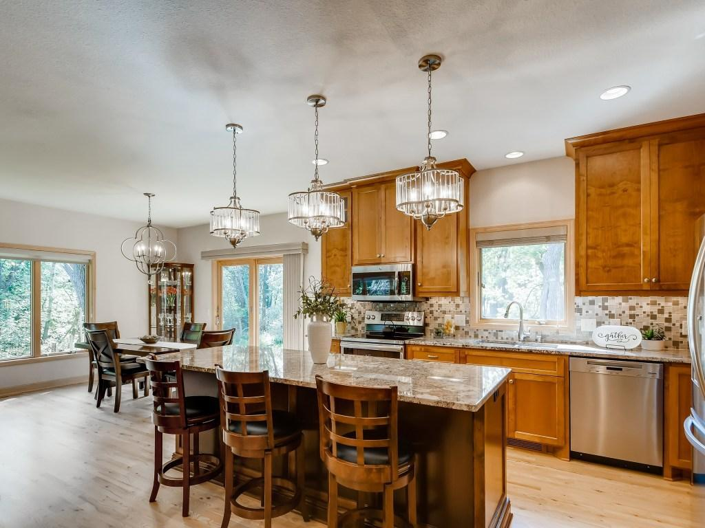 3331 Victoria Street N Property Photo - Shoreview, MN real estate listing