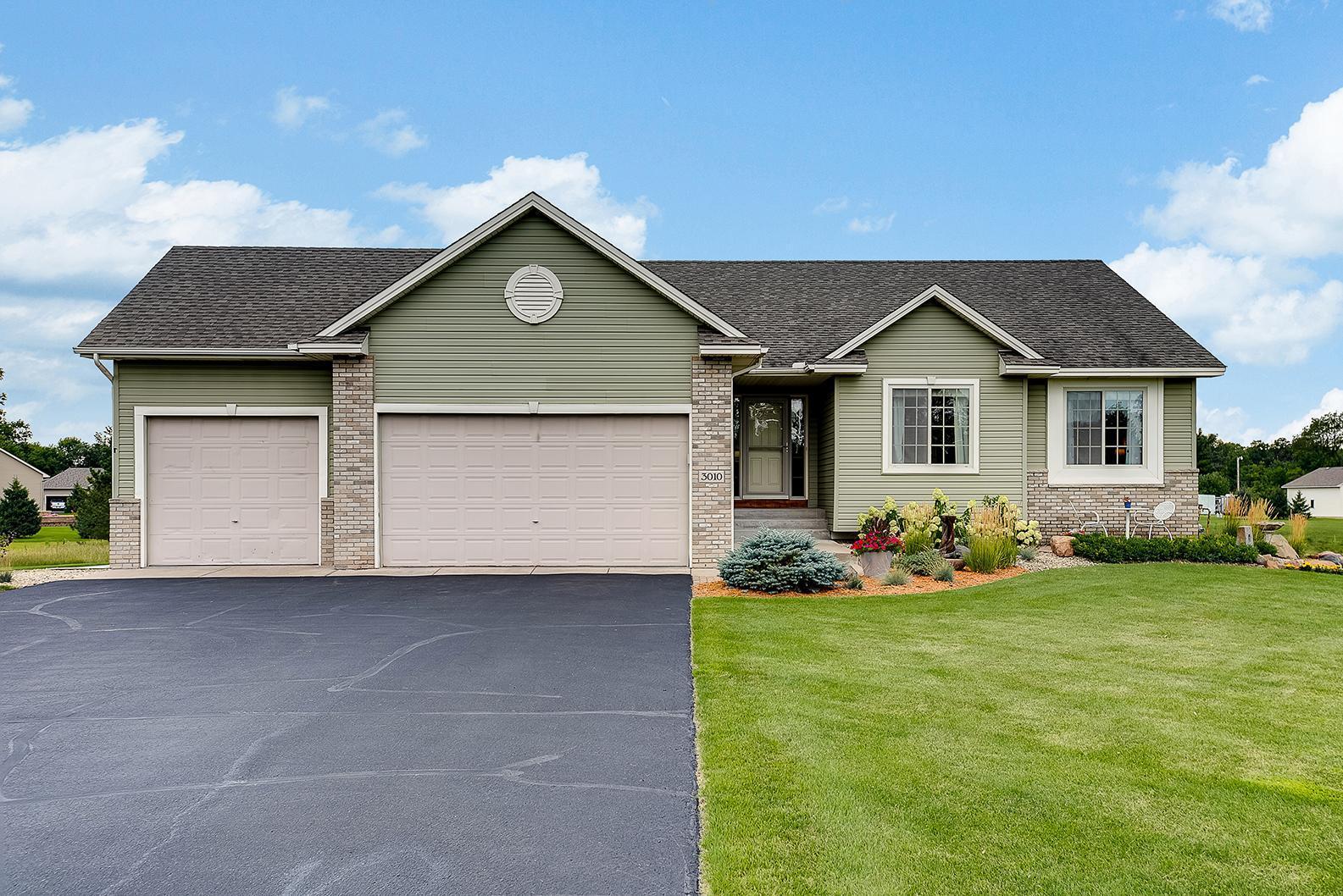 3010 209th Lane NW Property Photo - Oak Grove, MN real estate listing
